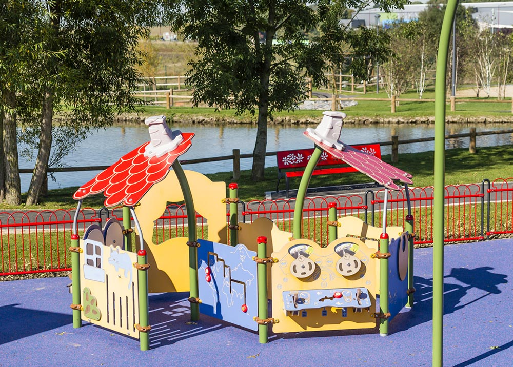 Structures multi activit s piccolo 2 cartoon adapt e husson international - Jeux enfants plein air ...